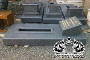 Makam Trap 1 Granit Impala